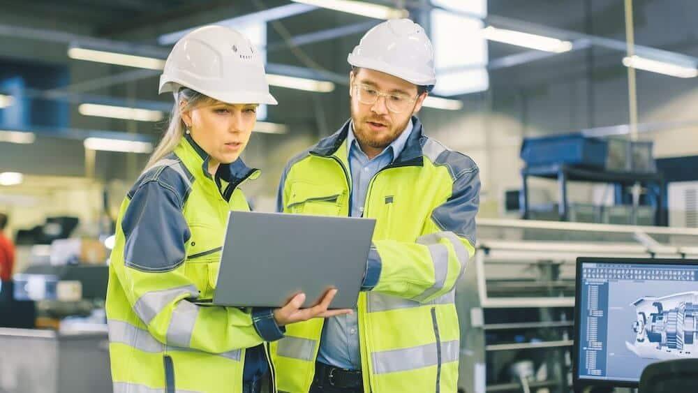 Top 9 Trends in Manufacturing Customer Service in 2021